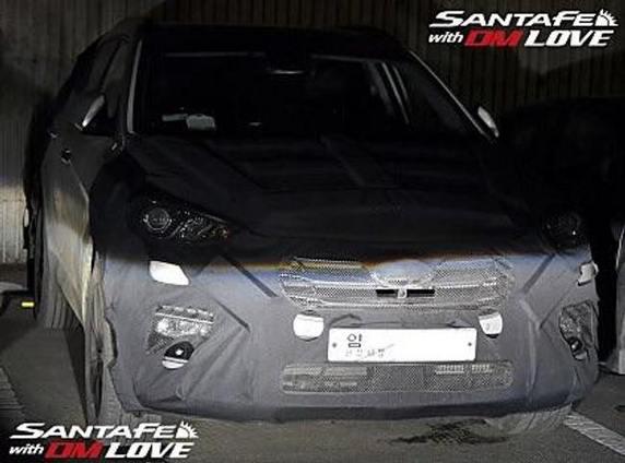 Le Hyundai Santa Fe restylé surpris de nuit en Corée du Sud