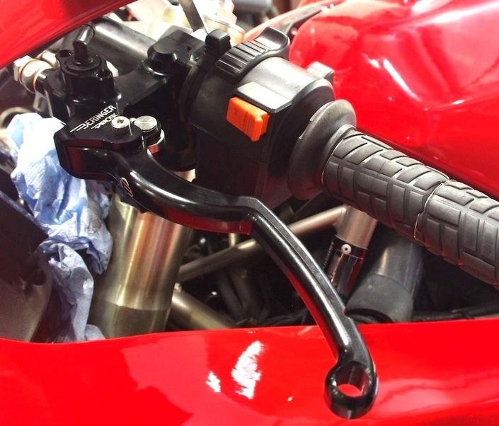 Beringer maître-cylindre d'embrayage Aerotec pour Ducati 888: l'essai