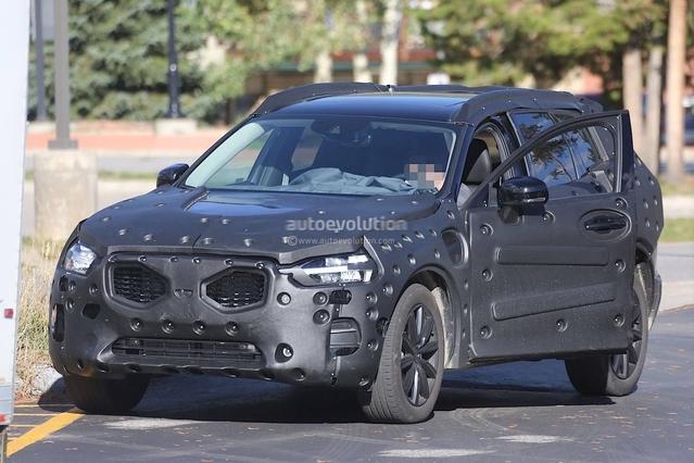 Scoop : voici l'intérieur du futur Volvo XC60