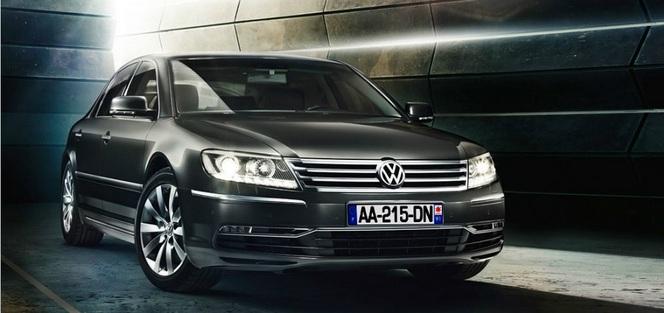 Volkswagen perd 28 000 € par Phaeton vendue mais prévoit tout de même une remplaçante