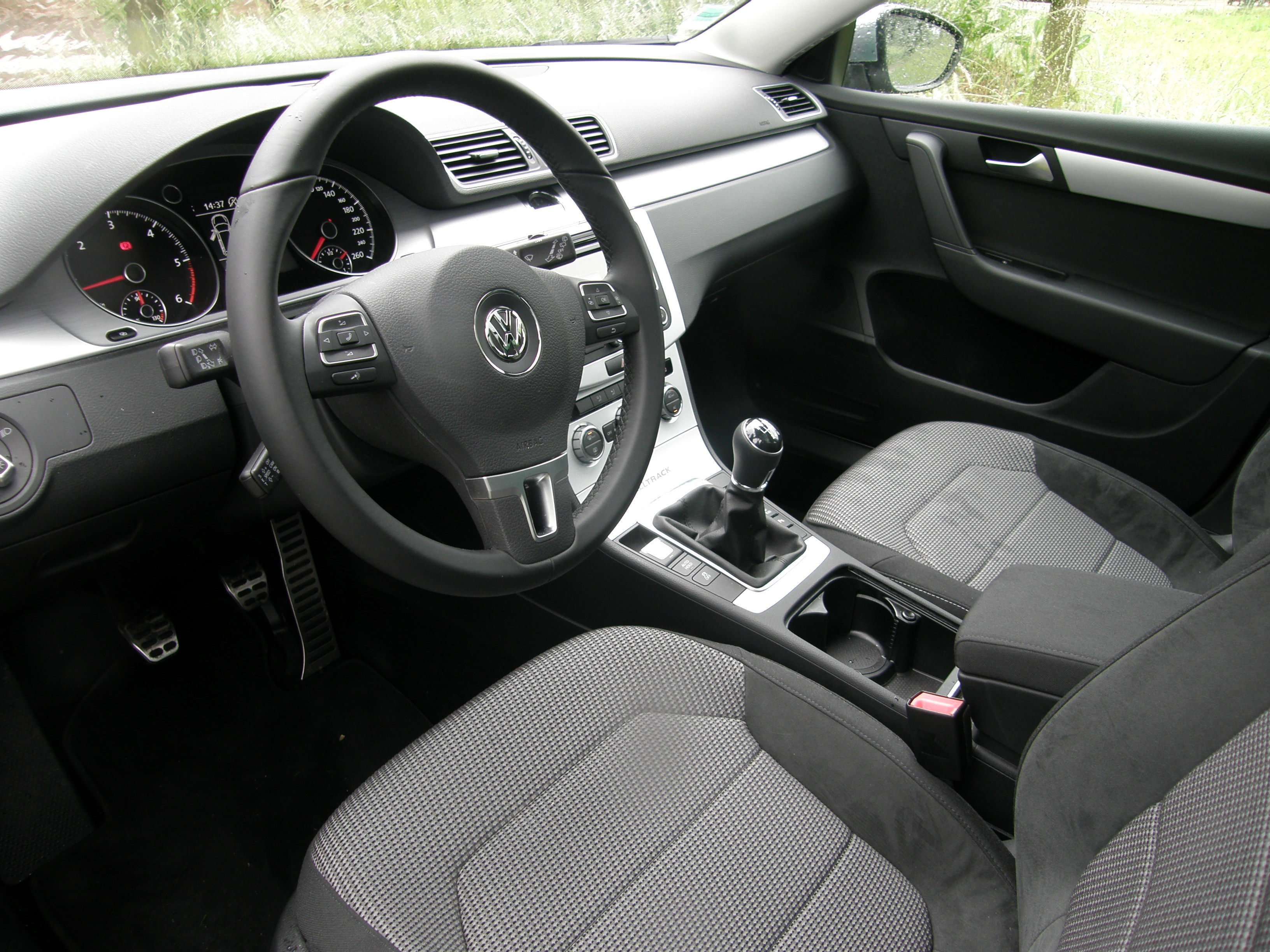 essai volkswagen passat alltrack 2 0 tdi 140 4motion. Black Bedroom Furniture Sets. Home Design Ideas