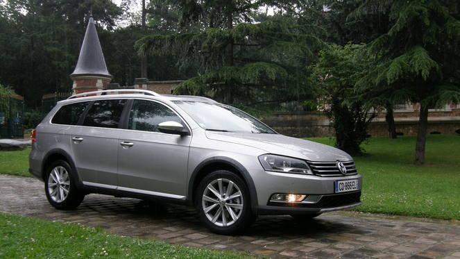 Essai - Volkswagen Passat Alltrack 2.0 TDi 140 4Motion : la  Passat qui se prenait pour un Touareg
