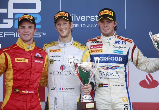 GP2 Silverstone Course 2 : Grosjean sort le grand jeu