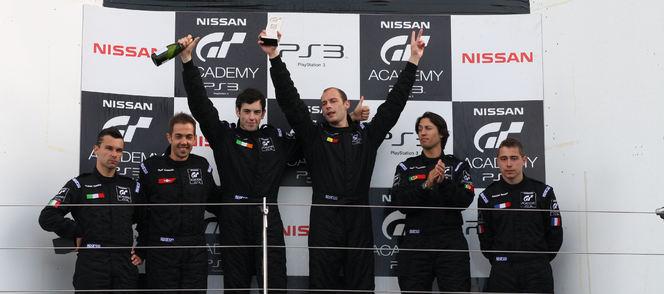Nissan GT Academy 2012 Wolfgang Reip (Belgique) remporte le contrat de pilote de course Nissan