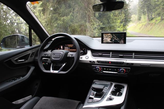 Le nouvel Audi Q7 dispose d'un système de conduite prédictive.