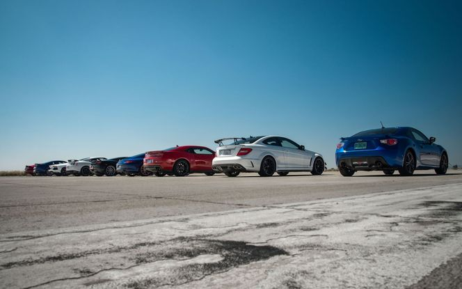 World's Greatest Drag Race 2 par Motor Trend : l'opus 2012