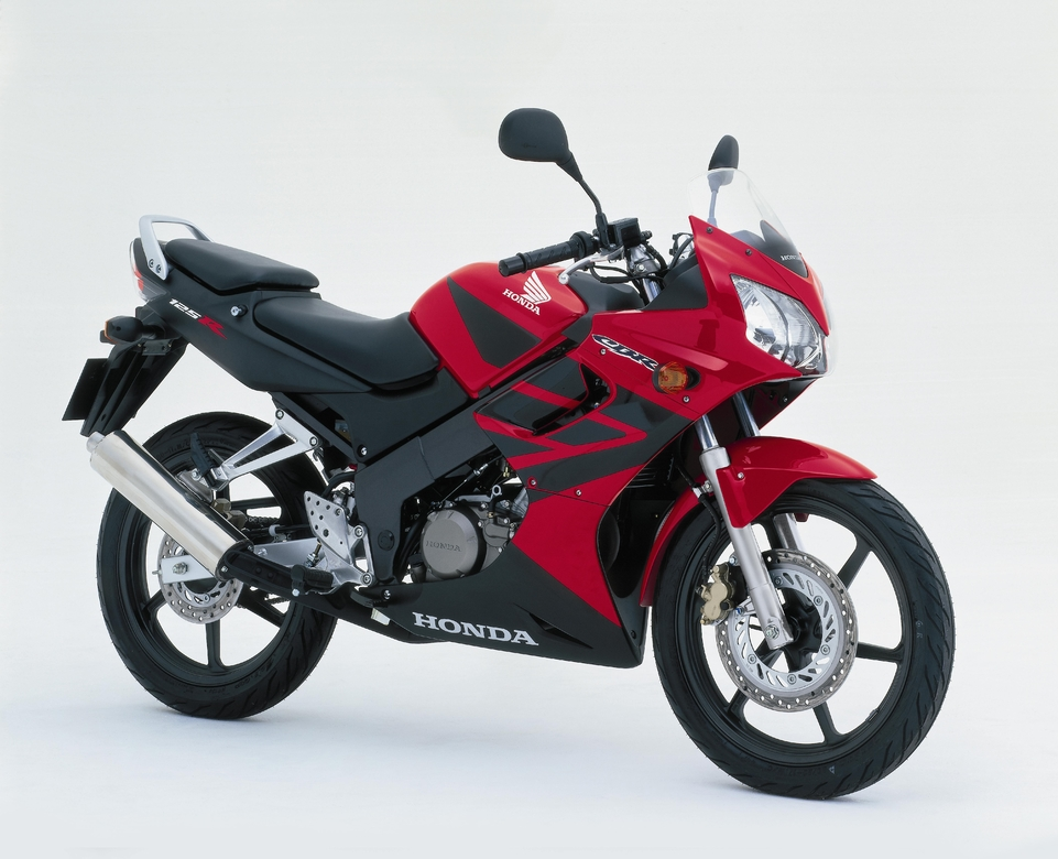 la sportive honda cbr 125 r mill sime 2004. Black Bedroom Furniture Sets. Home Design Ideas