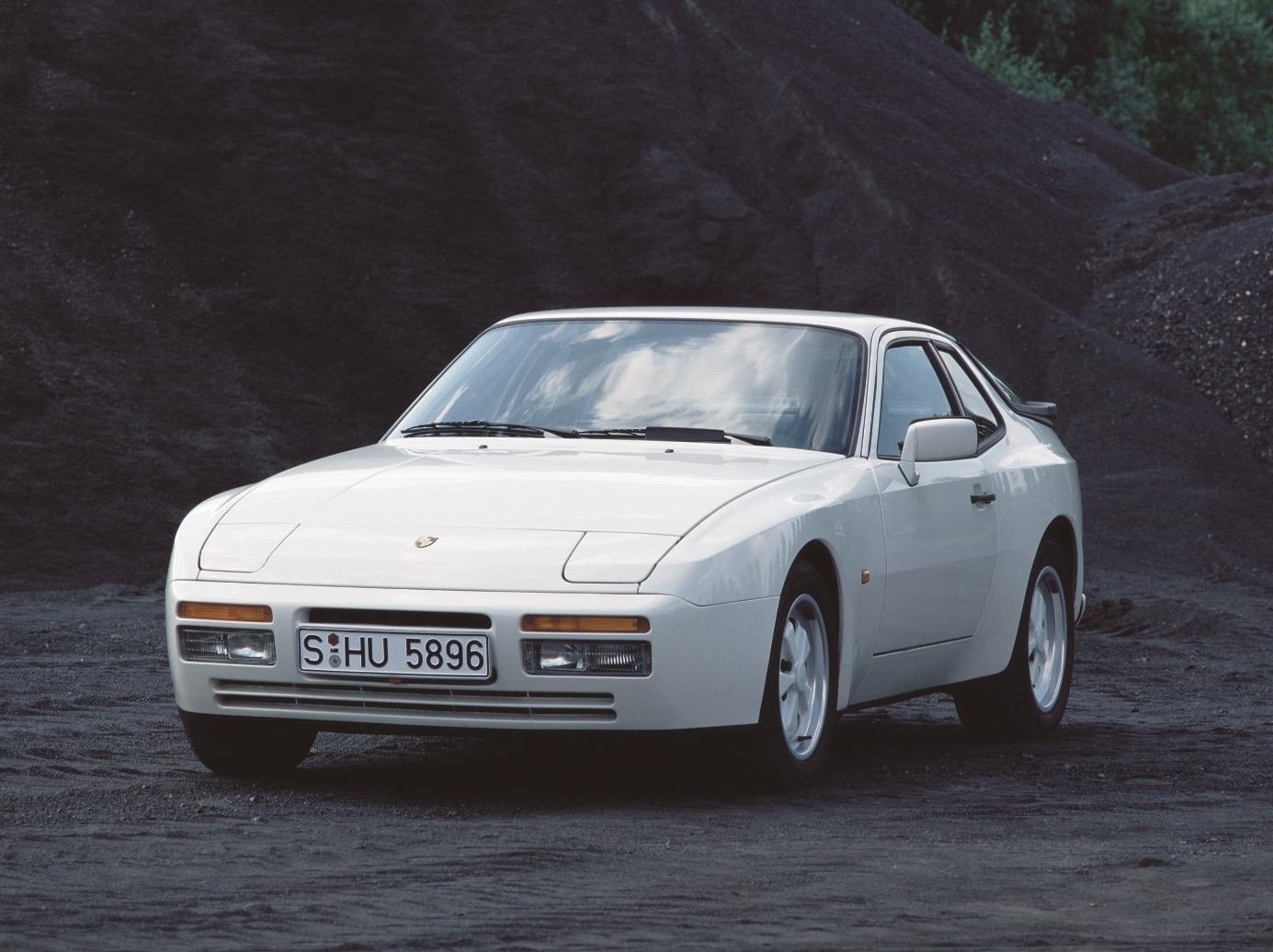CAR VOITURE PORSCHE 944 1981 FICHE AUTO RENSEIGNEMENT TECHNIQUE  VOITURE