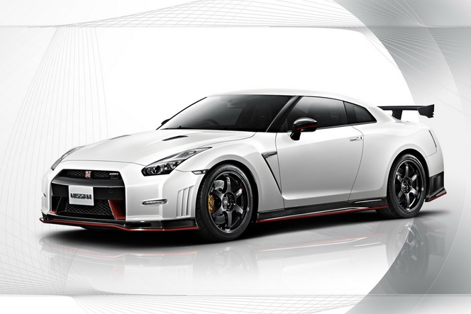 nissan gt r nismo les vid os et photos officielles. Black Bedroom Furniture Sets. Home Design Ideas