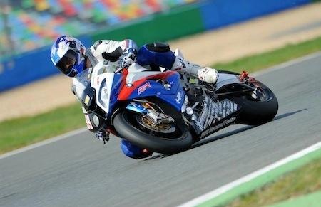 BMW Motorrad France vous propose de vivre le Bol d'Or en mode VIP