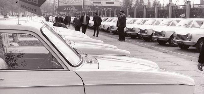 Rétromobile 2015 : le programme Peugeot annoncé