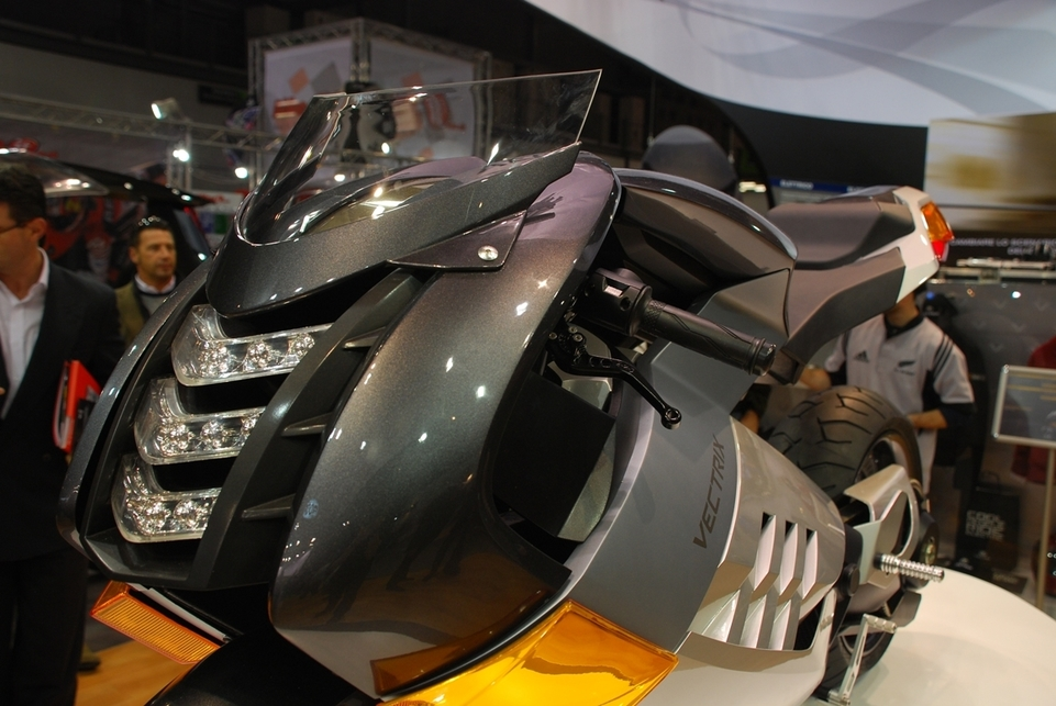 Salon de Milan en direct : Vectrix Superbike
