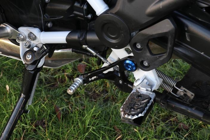 Comparatif - BMW R 1250 GS Adventure VS Honda CRF 1100 L Africa Twin Adventure Sports: les trails au sommet S1-comparatif-bmw-r-1250-gs-adventure-hp-vs-honda-crf-1100-l-africa-twin-adventure-sports-les-trails-au-sommet-615329