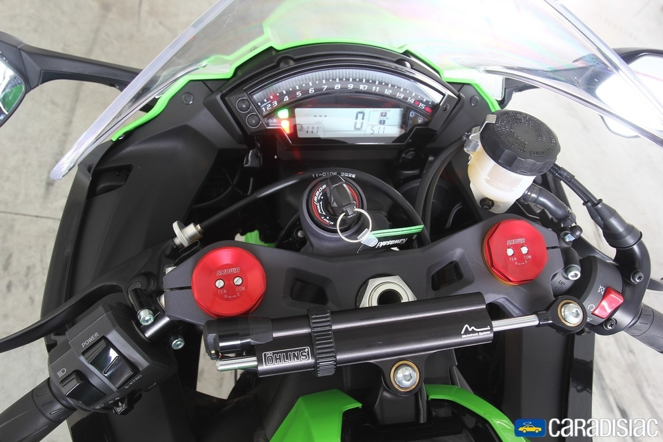 Les essais d'Arnaud Vincent : Kawasaki ZX-10R 2013 [+ vidéo]