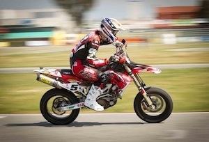 """Interview Adrien Chareyre: """"... la moto s'est arrêtée au 10ème tour en pleine ligne droite..."""""""