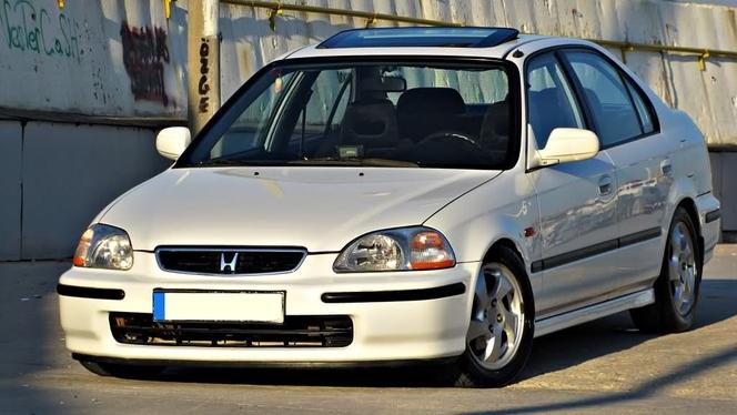 L'avis propriétaire du jour : beatbox44 nous parle de sa Honda Civic 1.6 VTI 160 4 portes