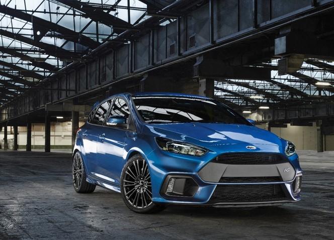 S1-Geneve-2015-voici-la-nouvelle-Ford-Focus-RS-officiellement-a-4-roues-motrices-343917