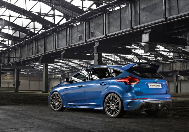 nouveau ford focus rs 4rm actualit auto forum auto plus. Black Bedroom Furniture Sets. Home Design Ideas
