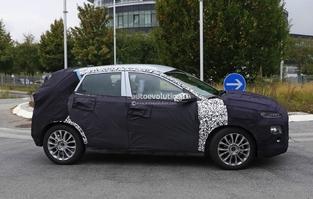 Scoop : le futur crossover Hyundai de sortie avec un Renault Captur