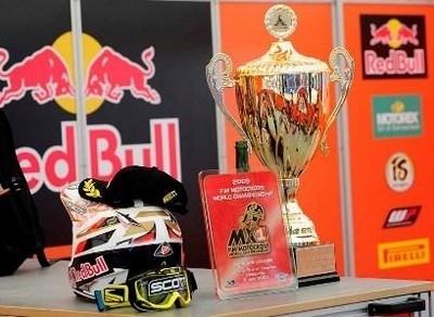Doublé des pneus Pirelli Scorpion MX MidSoft 32 au Grand Prix de Suède.