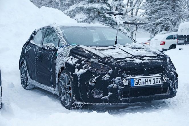 Surprise : la Kia Cee'd GT bientôt  restylée
