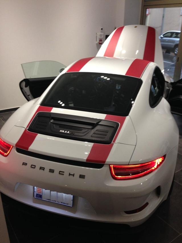 Porsche : encore un prix délirant pour une 911 R