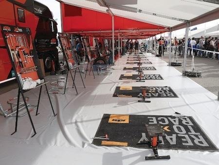 ISDE 2017: KTM loue ses machines et propose un Service Course