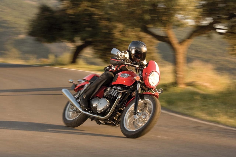 Nouveauté 2008 : Triumph Thruxton