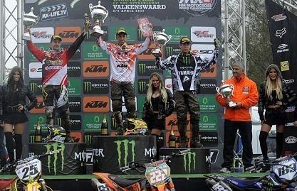 Motocross mondial à Valkenswaard : Antonio Cairoli ne fait pas dans la charité