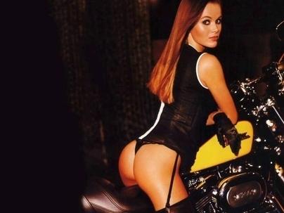 Moto & Sexy : Amanda Holden, il va falloir nous dire si c'est votre nouvelle star.