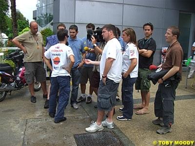 Moto GP: Quand Pedrosa taille Hayden