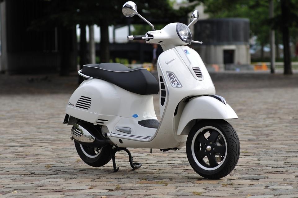 Essai Vespa GTS Super ie 125 cm3 : Un style inimitable