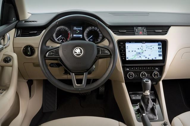 Les écrans à bord des voitures sont de plus en plus grands: 9,2 pouces pour celui-ci.