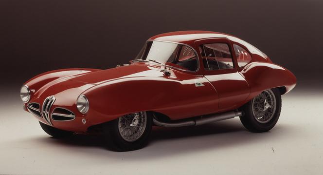 Alfa Romeo expose quelques raretés au MotorVillage des Champs-Elysées