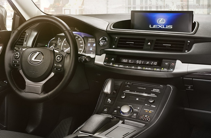 Lexus : la fin de carrière de la CT approche