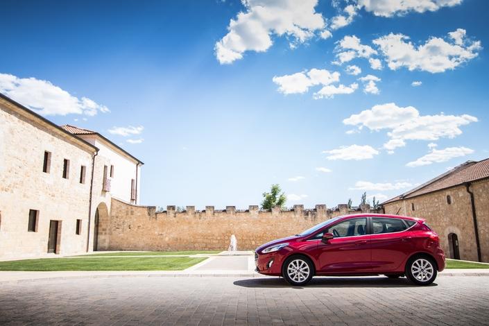 La Ford Fiesta est toujours une grande menace pour la Volkswagen Polo.