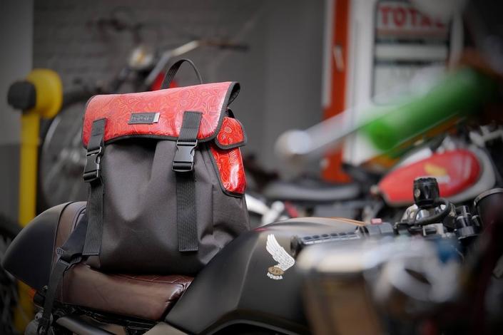 DalZotto : nouveau sac à casque pour 2017