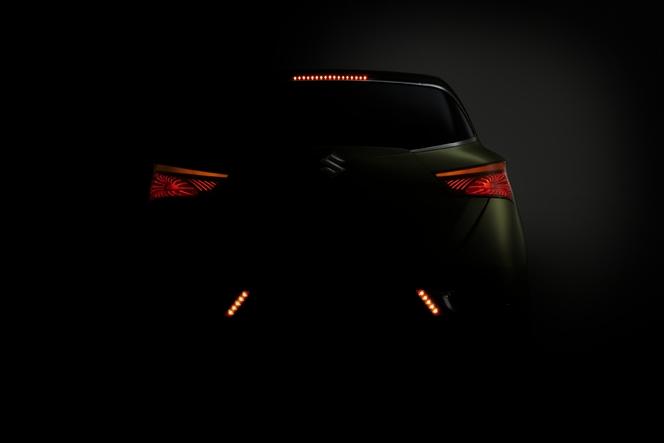Mondial de Paris 2012 - Le Suzuki S-Cross se dévoile davantage