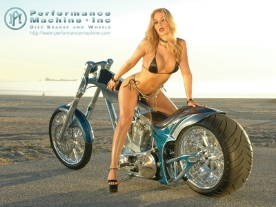 Moto & Sexy : deuxième semaine Custom & Chopper : Performance Machine