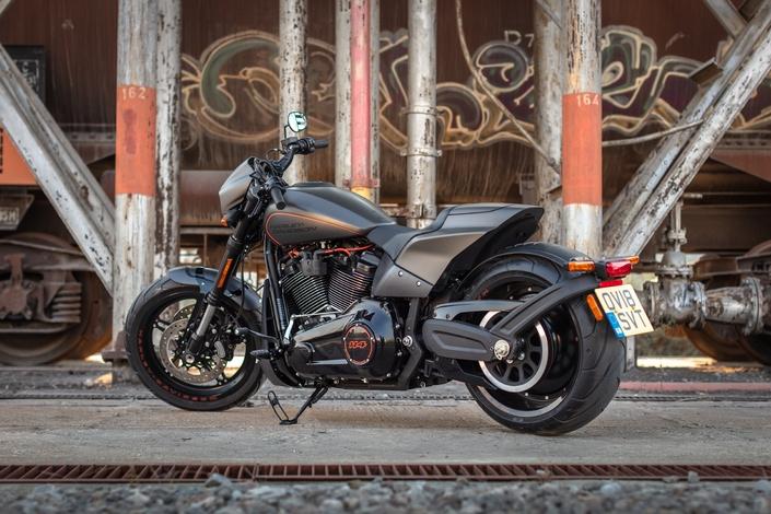 Harley Davidson FXDR 114 : Chère Amérique
