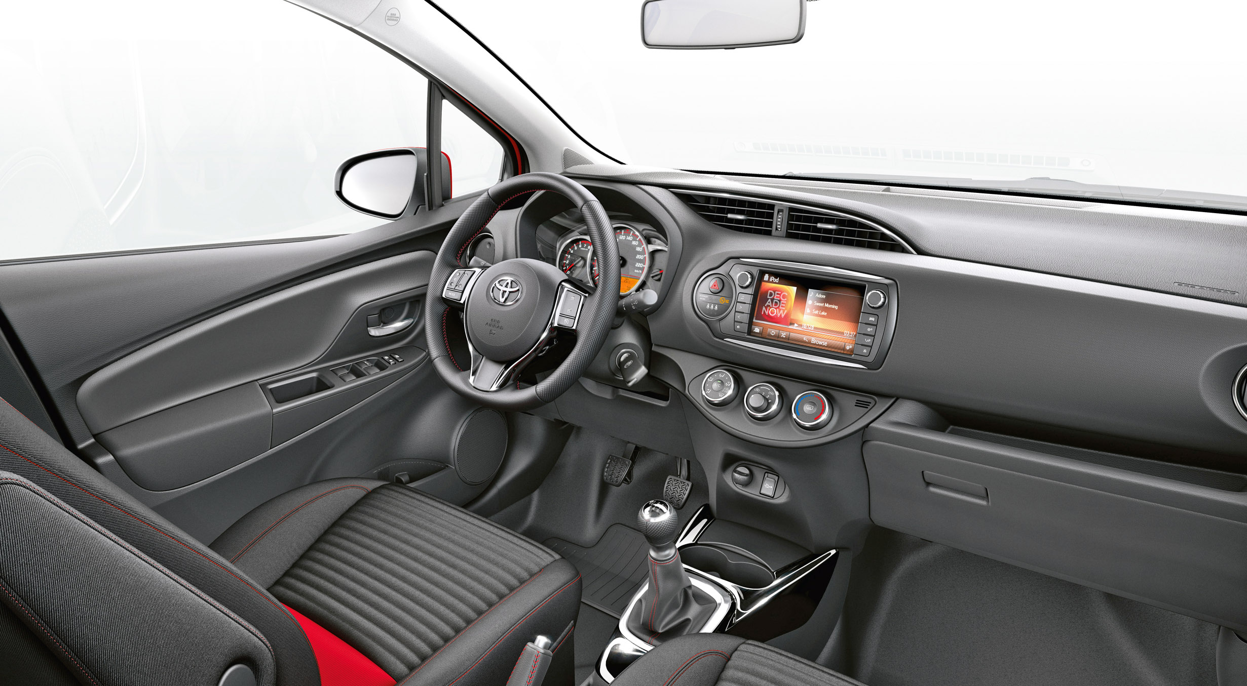 Quelle toyota yaris choisir for Interieur yaris 2015