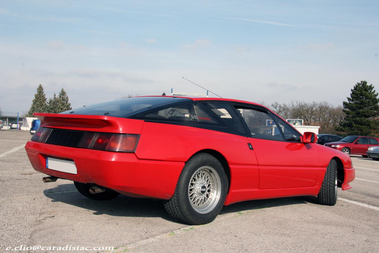 http://images.caradisiac.com/images/0/8/9/8/30898/S0-Photos-du-jour-Alpine-GTA-127156.jpg