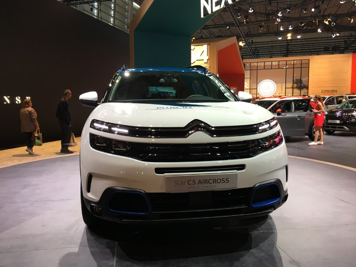 CitroënC5 Aircross Concept: futur hybride - En direct du Mondial de Paris