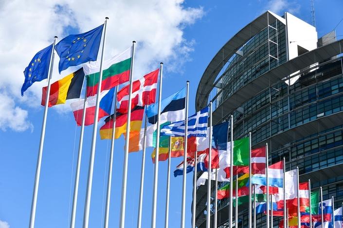 Émissions polluantes: les euro députes se veulent plus contraignants