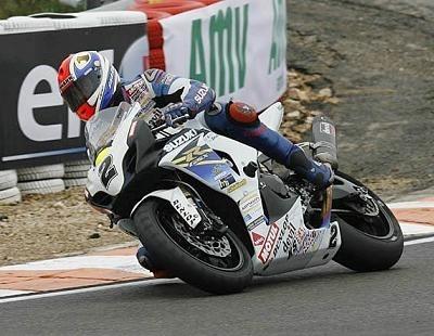 Superbike - France: Suzuki et Kawasaki gagnent, BMW promet et Yamaha boit la tasse à Ledenon