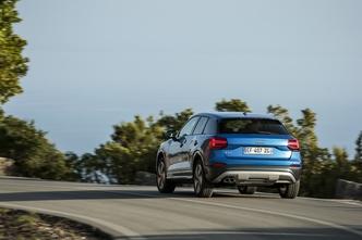 Sur route, le châssis classique (sans suspensions sport) est à privilégier.