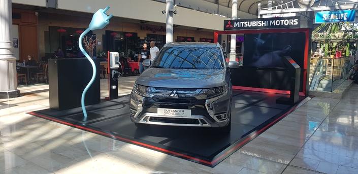Mitsubishi s'installe dans des centres commerciaux
