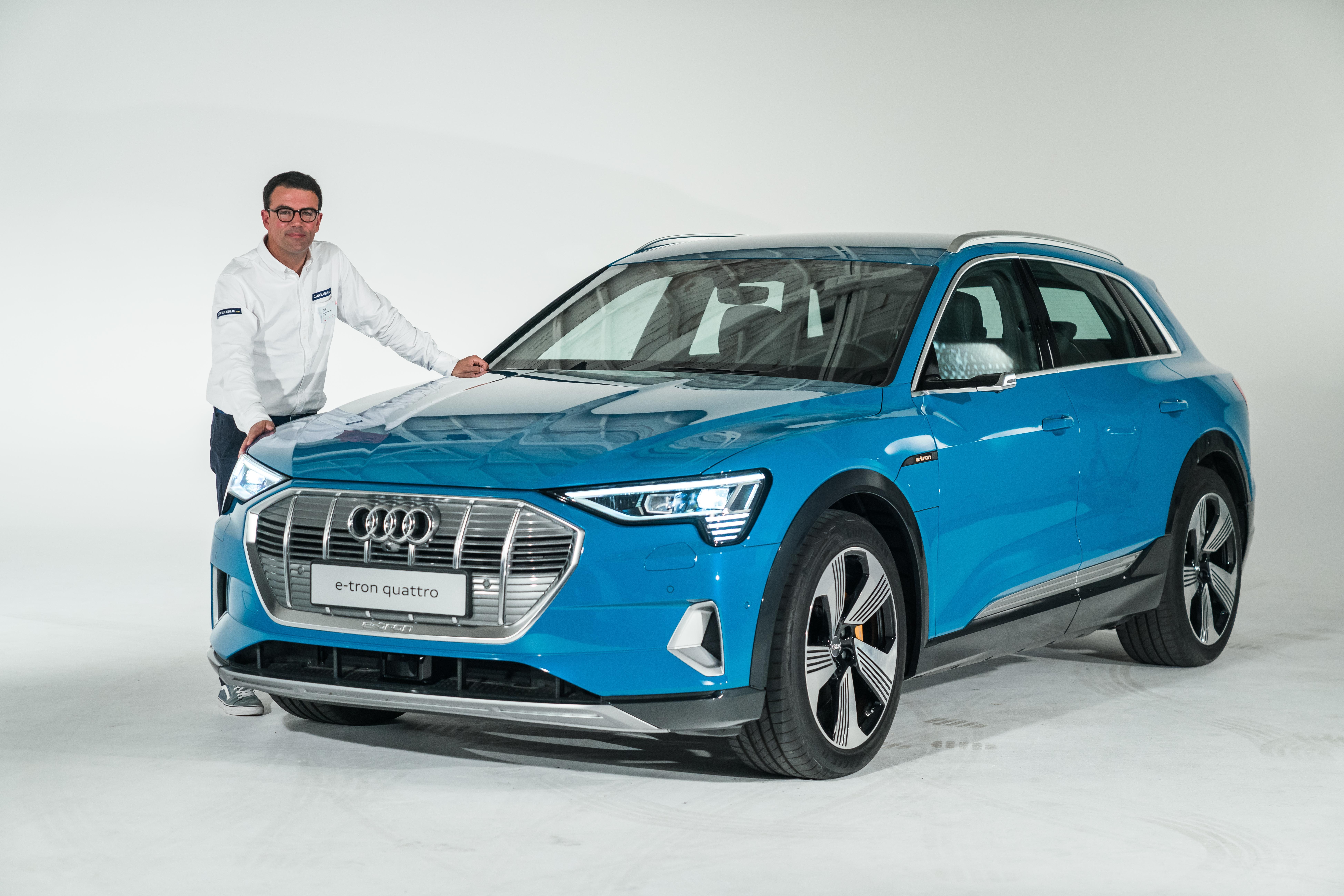 d51c06be996ab Audi e-tron   électrique classique - Vidéo en direct du Mondial de l Auto  2018