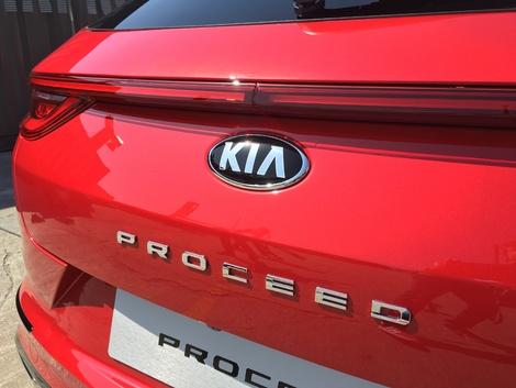 Kia Proceed 3 : les premières images en direct de la présentation