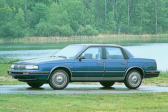 Oldsmobile était une marque du groupe General Motors. Elle a disparu en 2004. Six ans plus tard, GM a aussi enterré Pontiac.